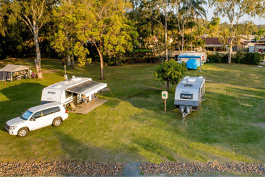 Gold Coast Camping - LARGE RIG RIVERWALK